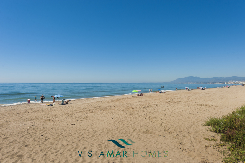 VMAP009  - New First Line Beach Development in Marbella
