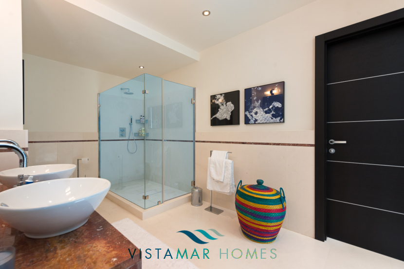 Designer Bathrooms · VMD010 Luxury Apartments Sierra Blanca Marbella