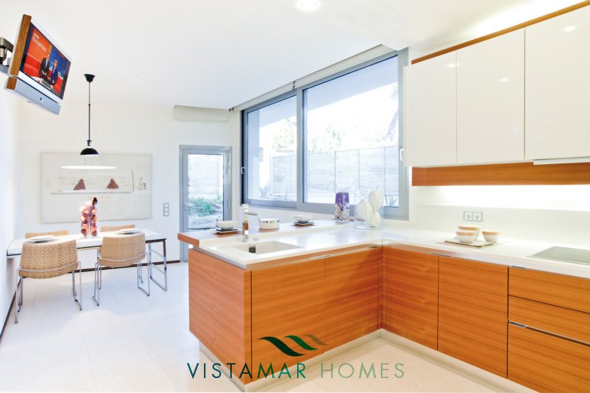 Ample Kitchen · VMD010 Luxury Apartments Sierra Blanca Marbella