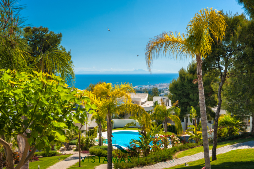 Tropical Gardens and Pools · VMD010 Luxury Apartments Sierra Blanca Marbella