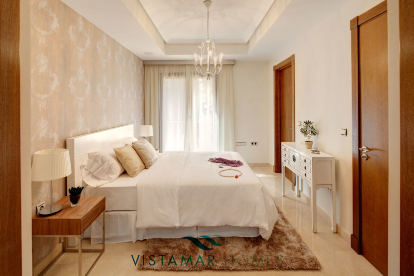 Large and Luminous Master Bedroom · VMV010 Exclusive Residential Homes in Benahavis