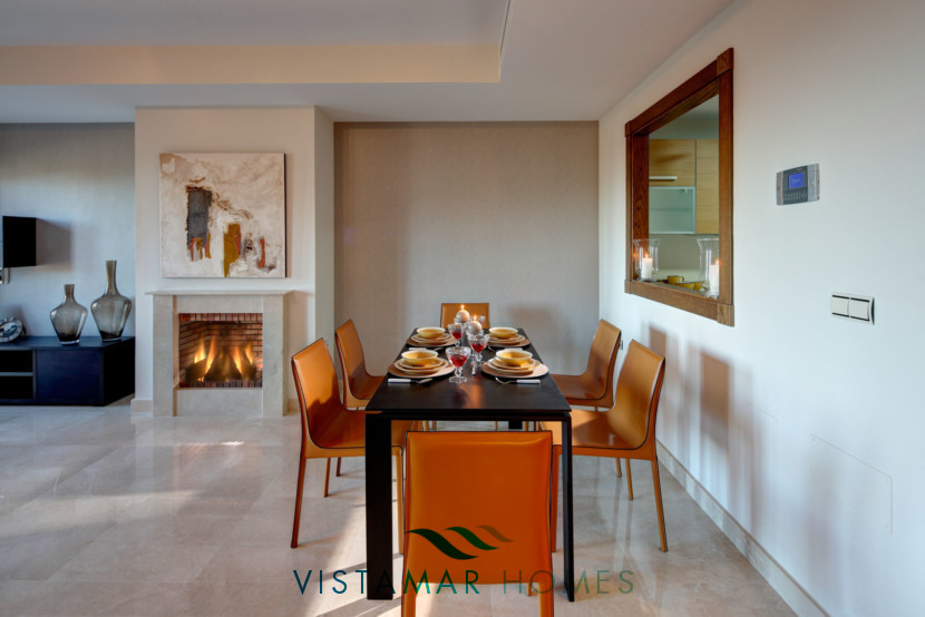 Elegant Dining room · VMV010 Exclusive Residential Homes in Benahavis