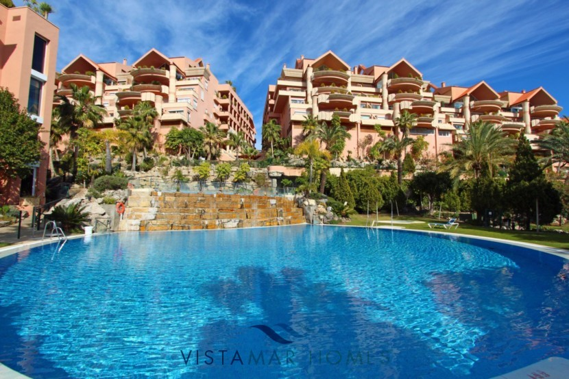 Magna Marbella apartment for sale Nueva Andalucia