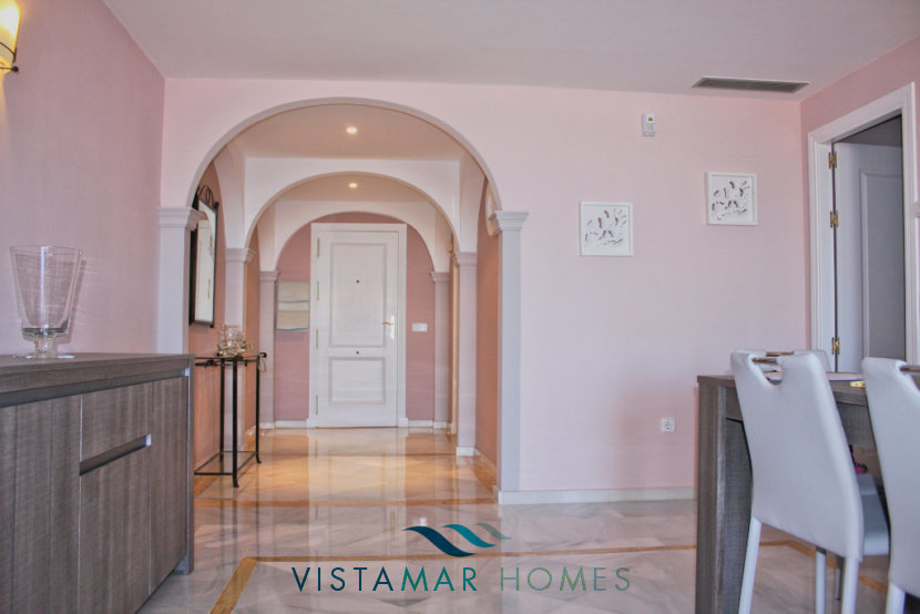 View of dining room and entrance hall - VMA011 Magna Marbella apartment
