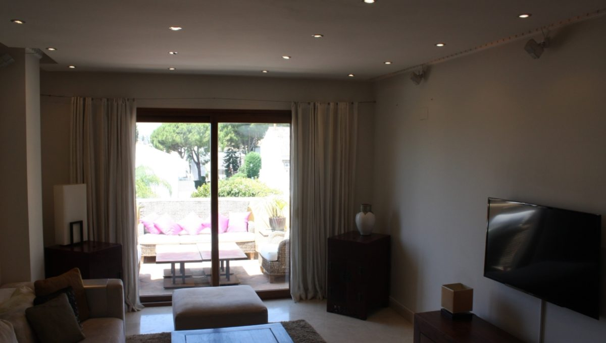 duplex-contemporary-penthouse-in-nagueles-marbella-golden-mile-img_9410-1