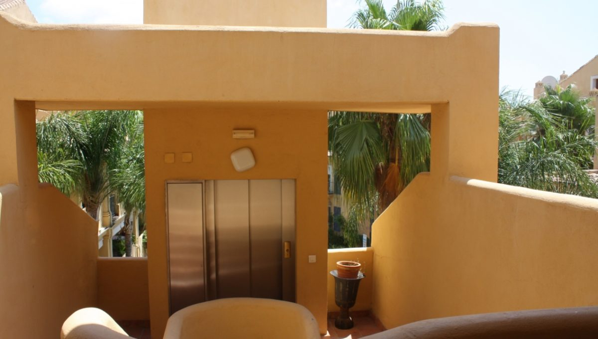 duplex-contemporary-penthouse-in-nagueles-marbella-golden-mile-img_9411-1