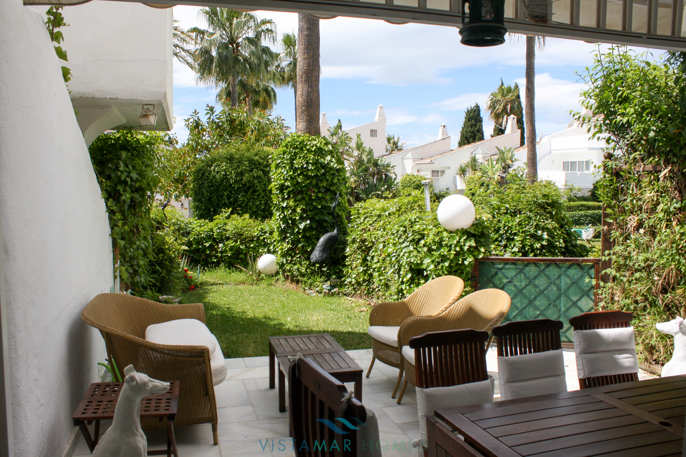 VMTH006-Townhouse-for-sale-camojan-blanco-marbella-1
