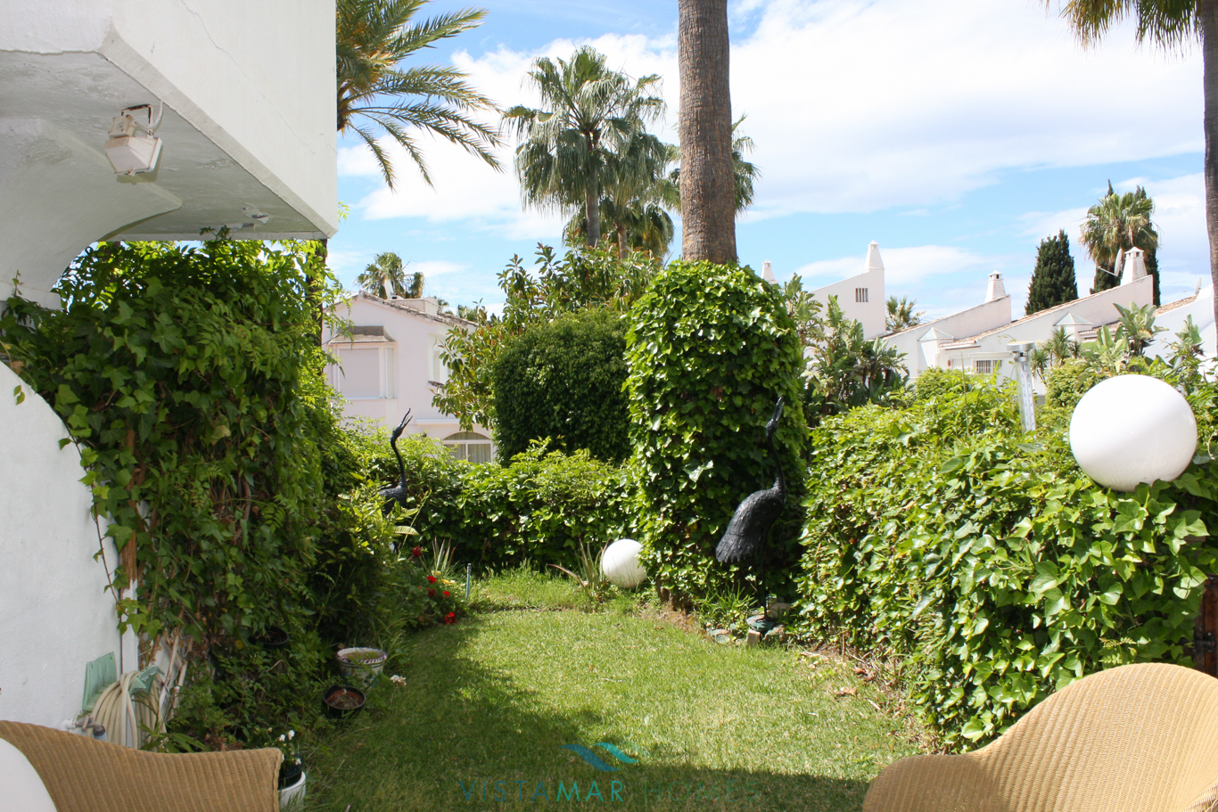 VMTH006-Townhouse-for-sale-camojan-blanco-marbella-11