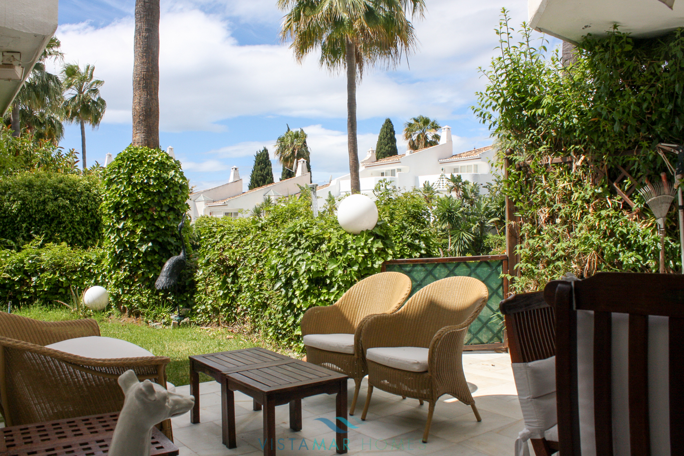VMTH006-Townhouse-for-sale-camojan-blanco-marbella-2