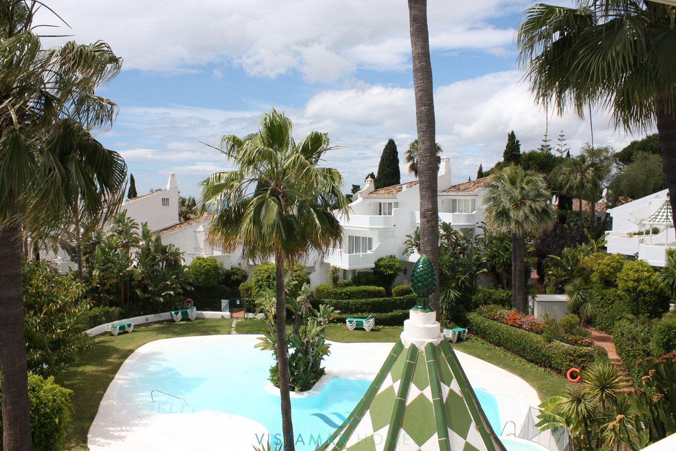VMTH006-Townhouse-for-sale-camojan-blanco-marbella-31