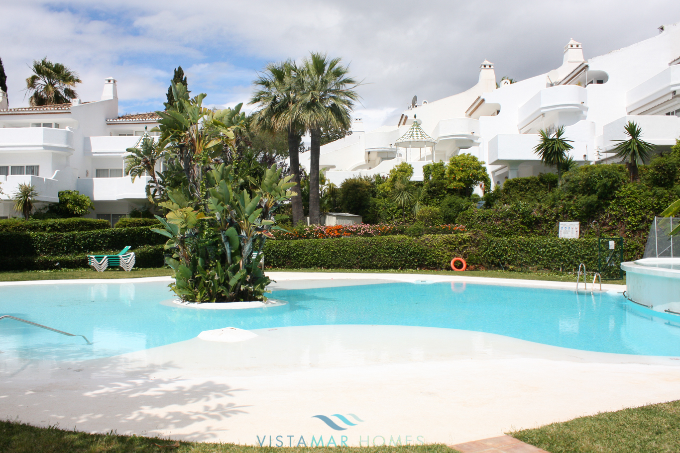 VMTH006-Townhouse-for-sale-camojan-blanco-marbella-4