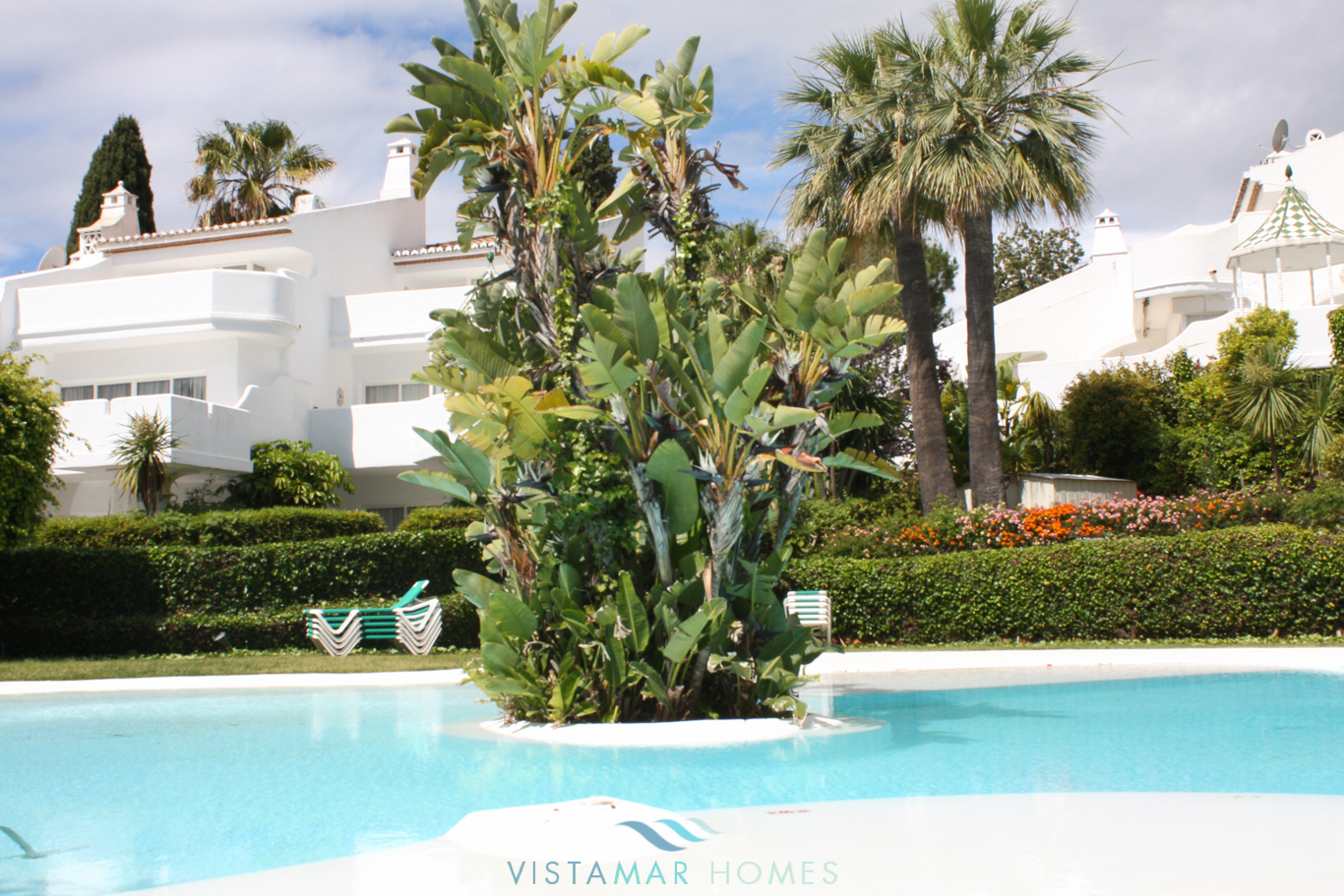 VMTH006-Townhouse-for-sale-camojan-blanco-marbella-5