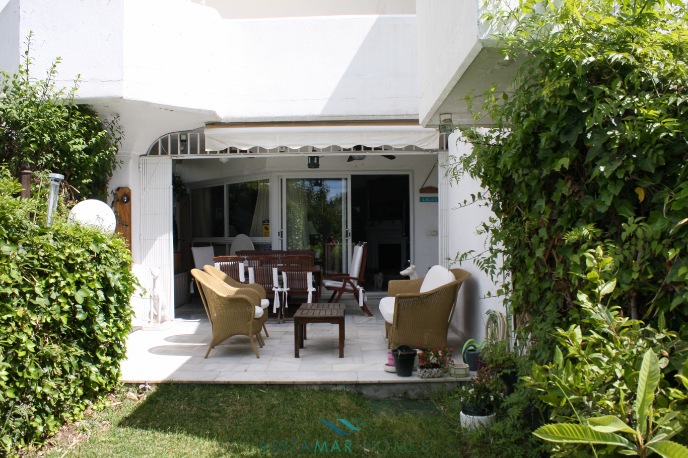 VMTH006-Townhouse-for-sale-camojan-blanco-marbella-9