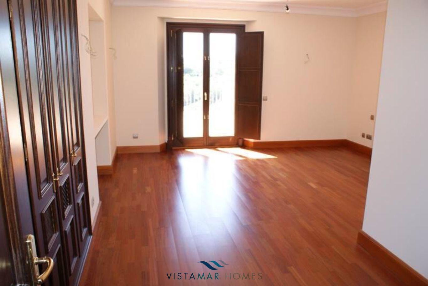 VMV035-Villa-For-Sale-Sotogrande-23