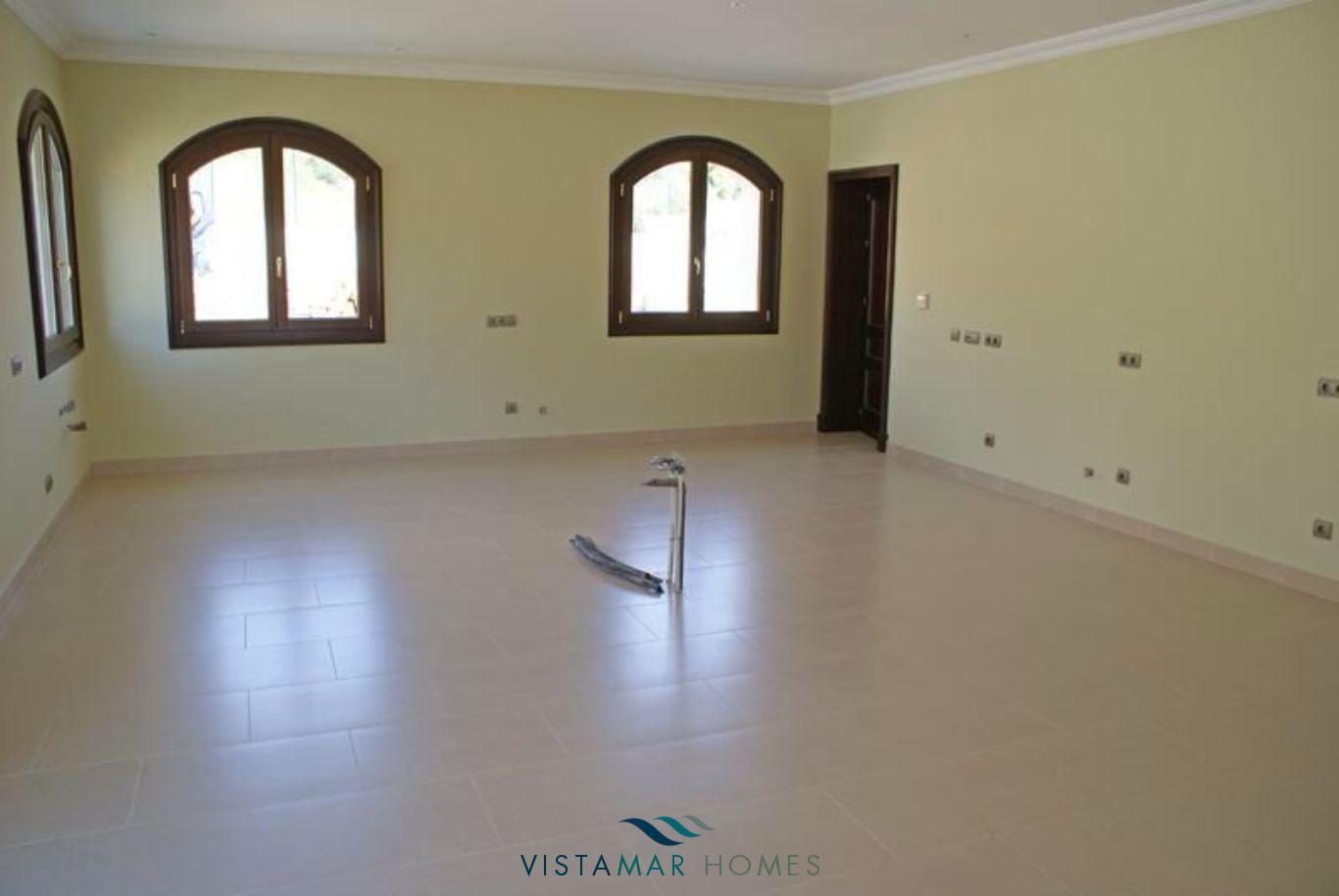 VMV035-Villa-For-Sale-Sotogrande-9