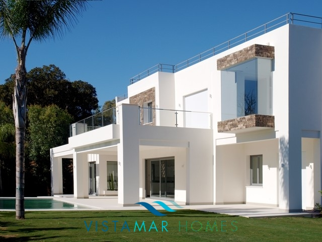 Contemporary luxury villa in Guadalmina Baja Casasola