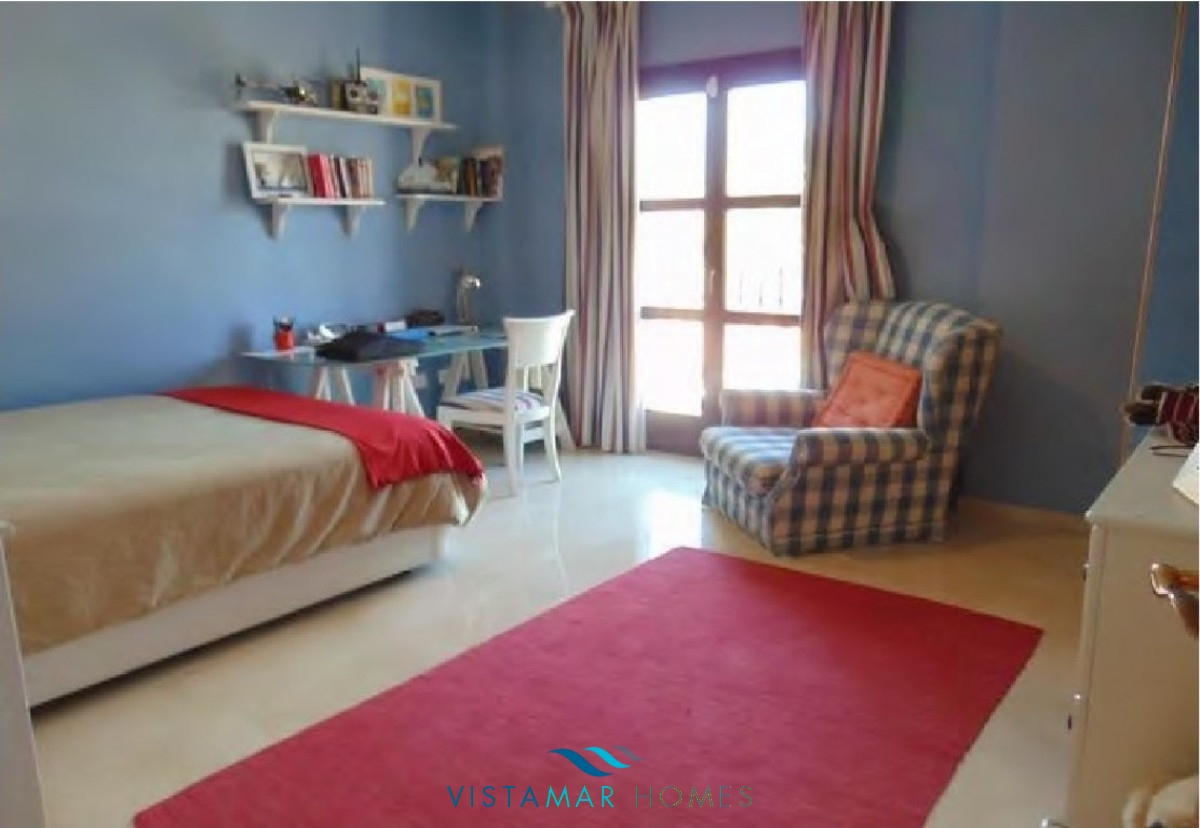 beautiful-frontline-golf-townhouse-in-guadalmina-alta-297-00924p_e1fa90a8-c48b-4c99-b9ac-a8a06dc73f94