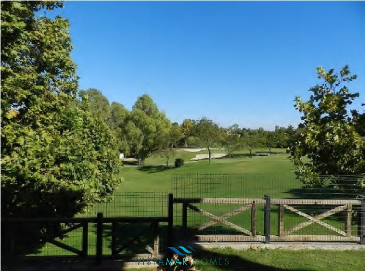 beautiful-frontline-golf-townhouse-in-guadalmina-alta-297-00924p_fa6a6a8a-1099-4a6e-b43c-d4fc996e6300