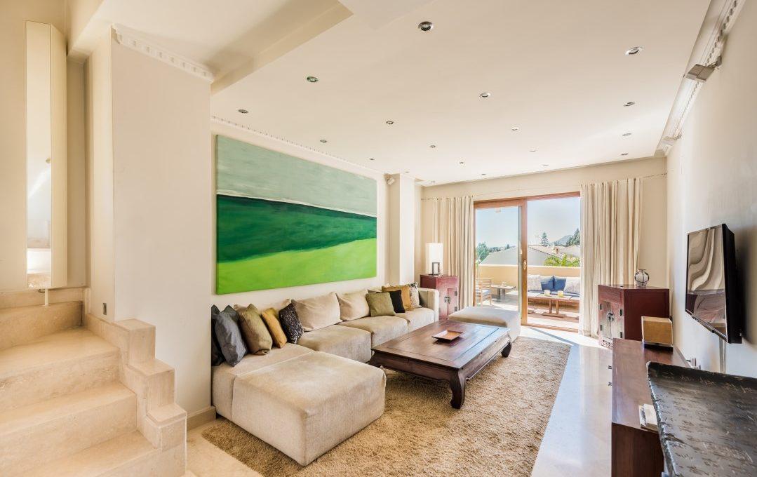 duplex-contemporary-penthouse-in-nagueles-marbella-golden-mile-1