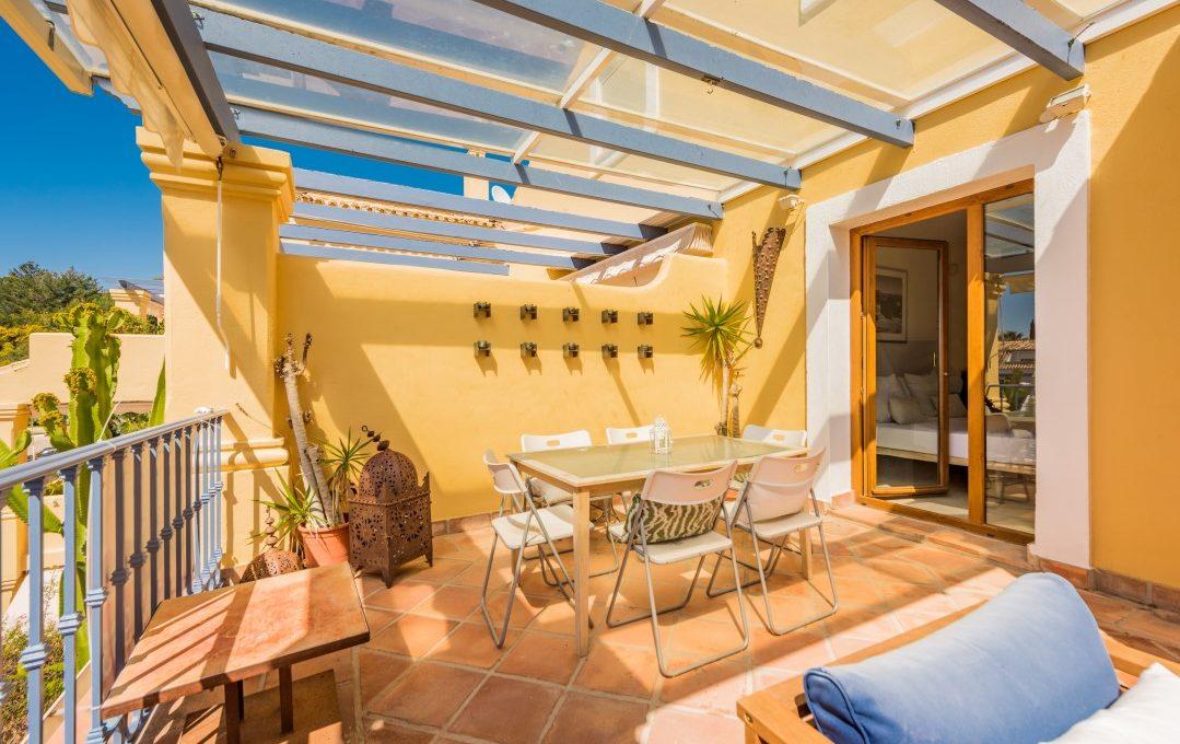 duplex-contemporary-penthouse-in-nagueles-marbella-golden-mile-4