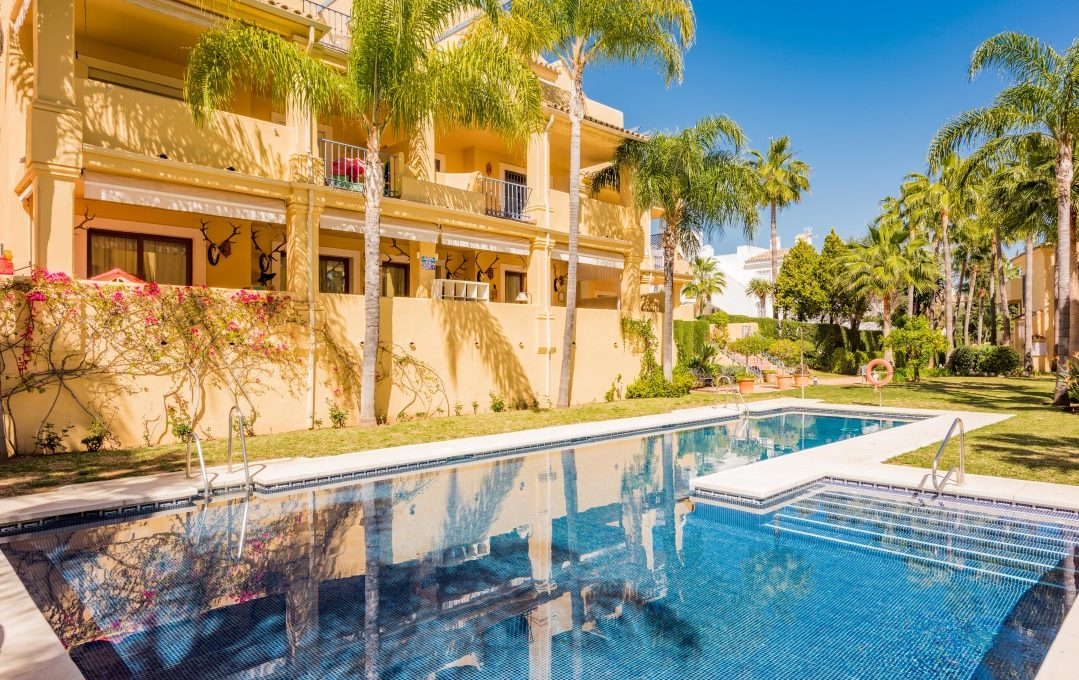 duplex-contemporary-penthouse-in-nagueles-marbella-golden-mile-single home nagueles-13 (custom)