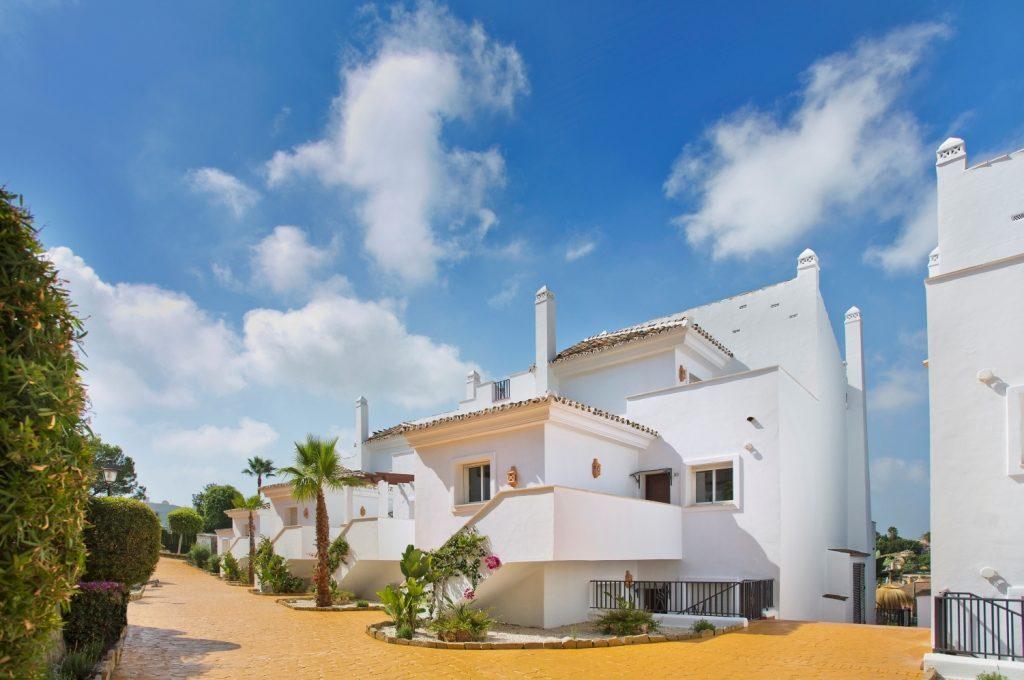 brand-new-apartments-in-nueva-andalucia-marbella-assetfolio-a6423hr