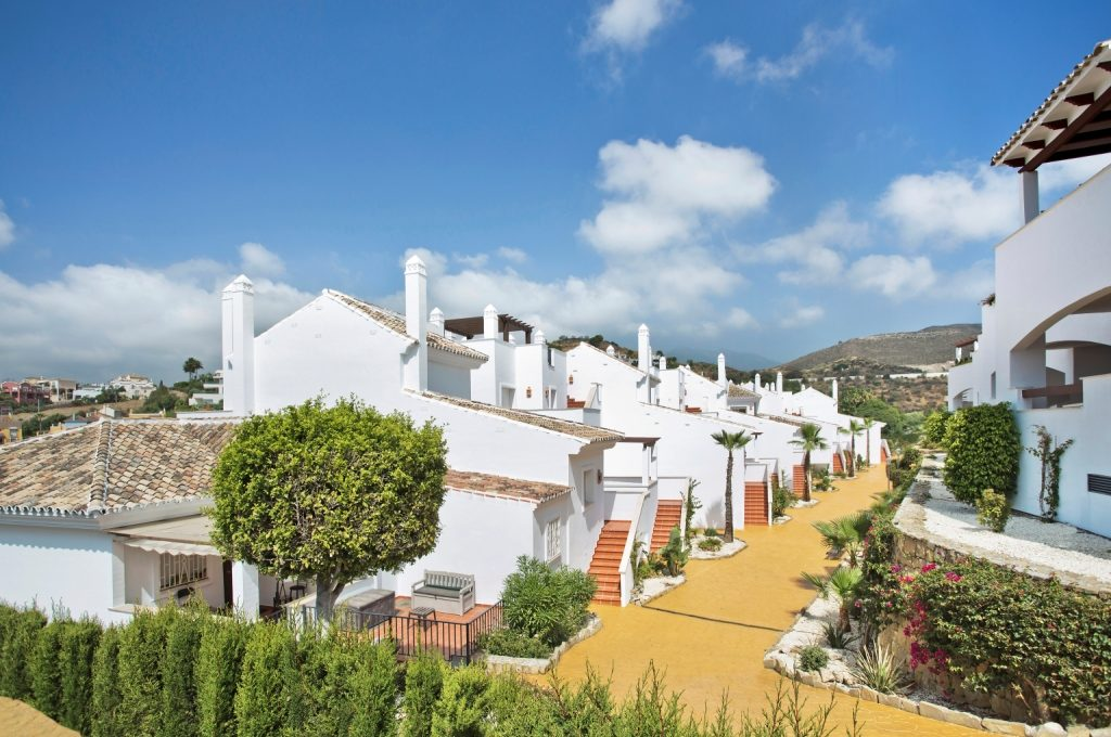 brand-new-apartments-in-nueva-andalucia-marbella-assetfolio-a6453hr