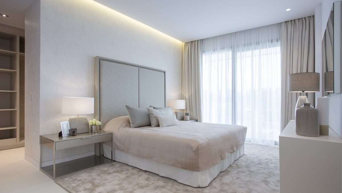 luxury-contemporary-villas-in-guadalmina-baja-10-bb915d1cb19341576dcdc994b81ab9c5