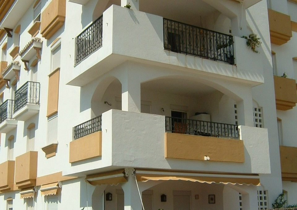 lovely-apartment-with-open-sea-views-in-nagueles-12-53013098fcab6c38b1379cd33298e050