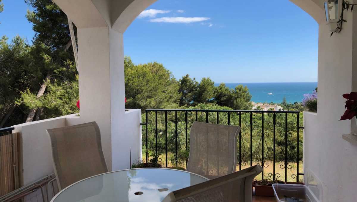 lovely-apartment-with-open-sea-views-in-nagueles-img_8966