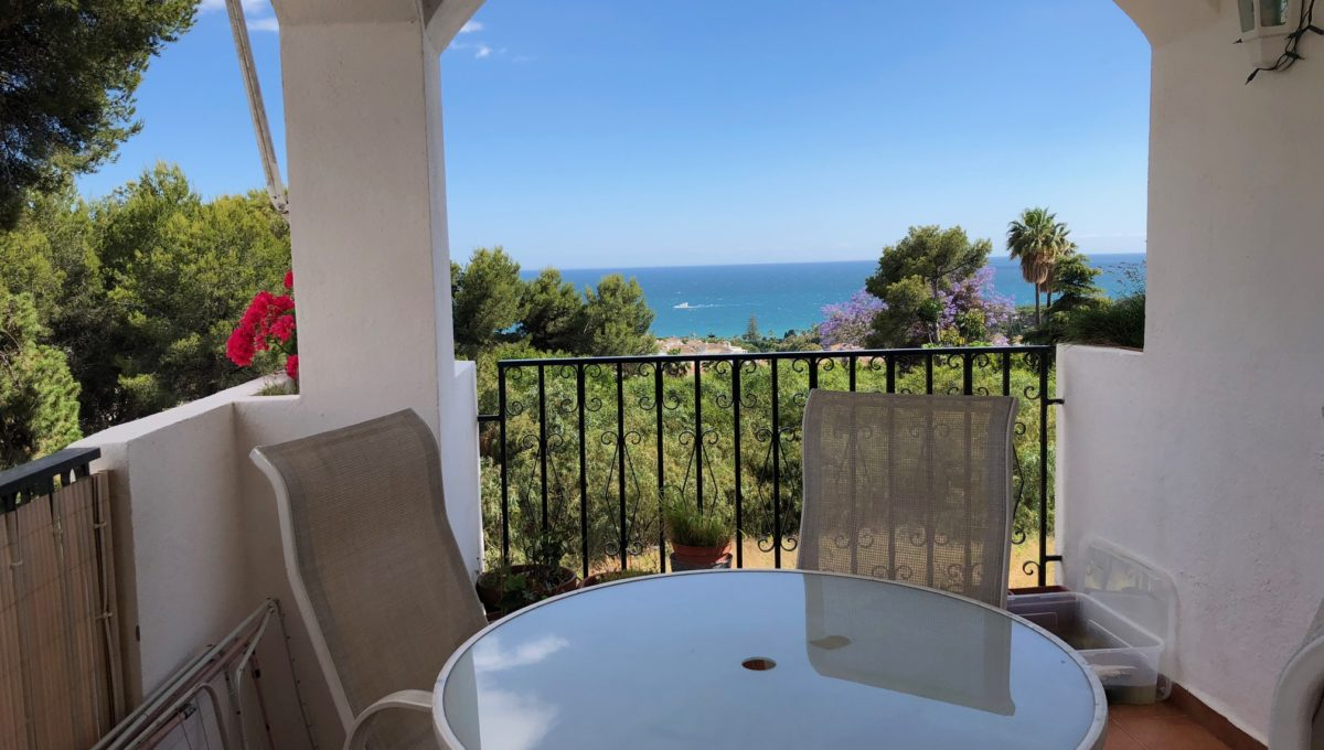 lovely-apartment-with-open-sea-views-in-nagueles-img_8967