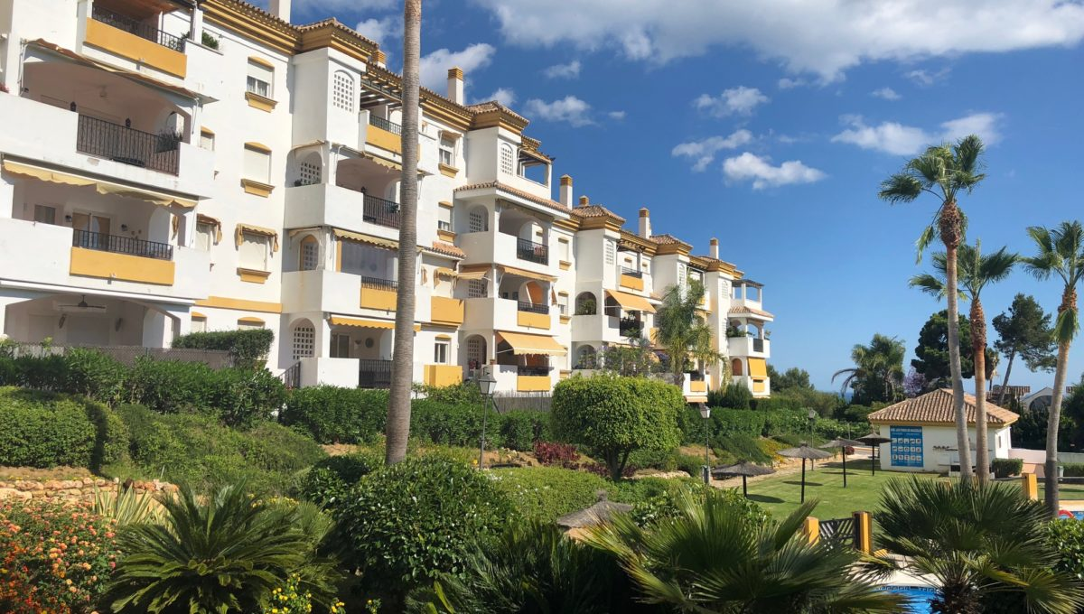 lovely-apartment-with-open-sea-views-in-nagueles-img_8976