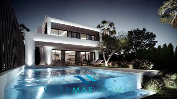 project-villas-in-altos-de-puente-romano-golden-mile-area-10_exterior vivienda 02