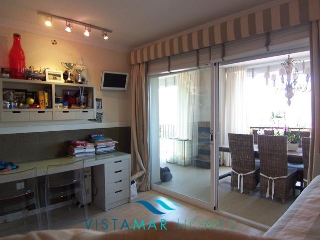 beautiful-beachside-apartment-in-bahia-de-marbella-img_3870
