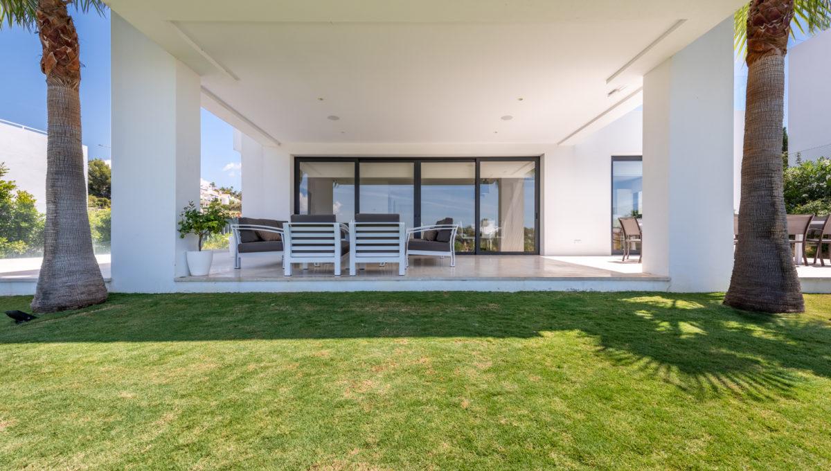 marbella-nueva-andalucia-los-olivos-extraordinary-villa-for-sale-12