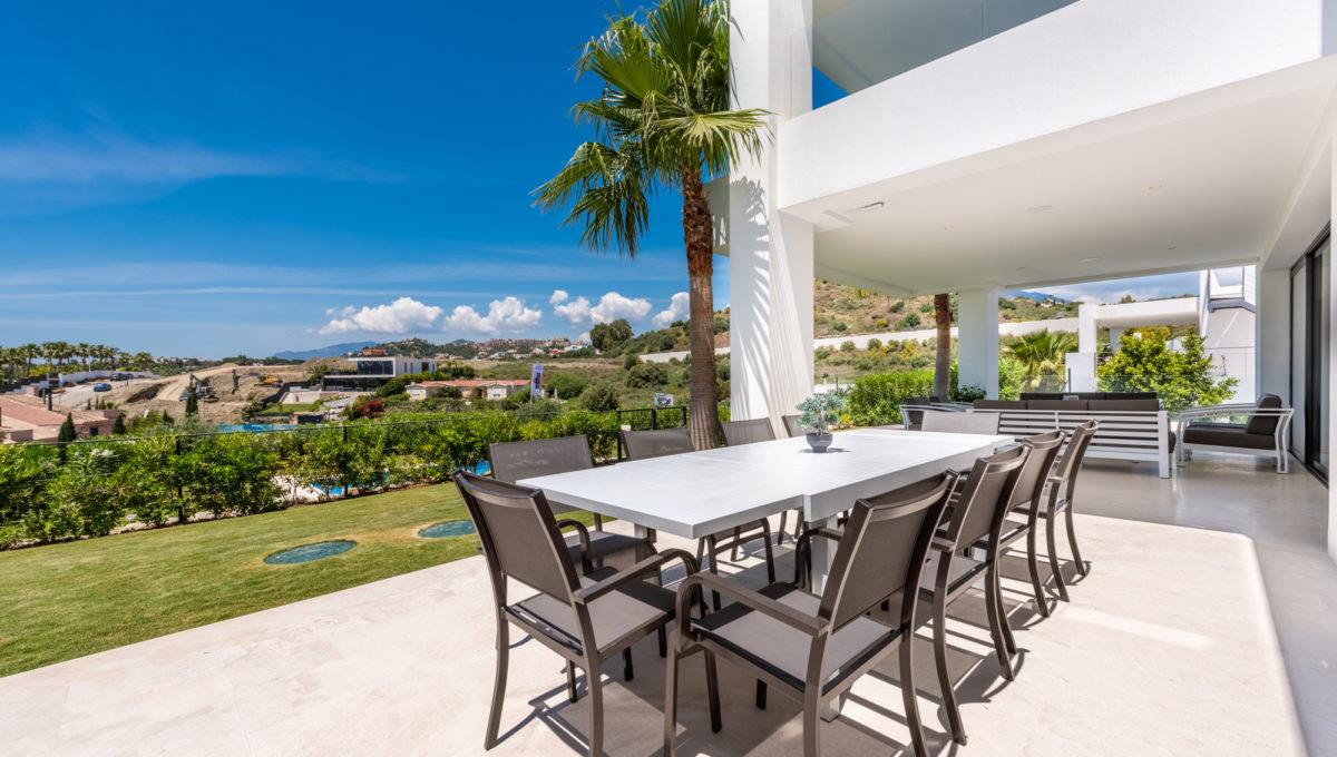 marbella-nueva-andalucia-los-olivos-extraordinary-villa-for-sale-9