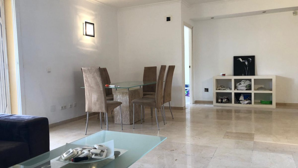 nagueles-south-facing-large-ground-floor-apartment-for-sale-photo-2019-03-21-13-52-32