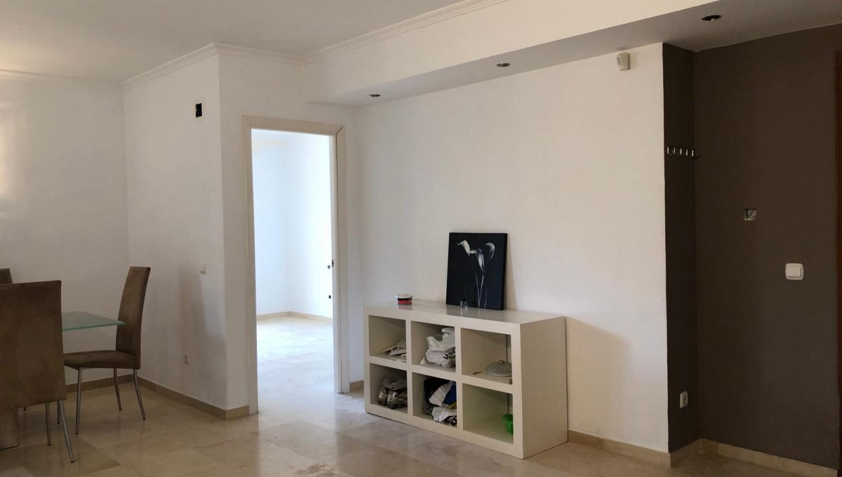 nagueles-south-facing-large-ground-floor-apartment-for-sale-photo-2019-03-21-13-52-33