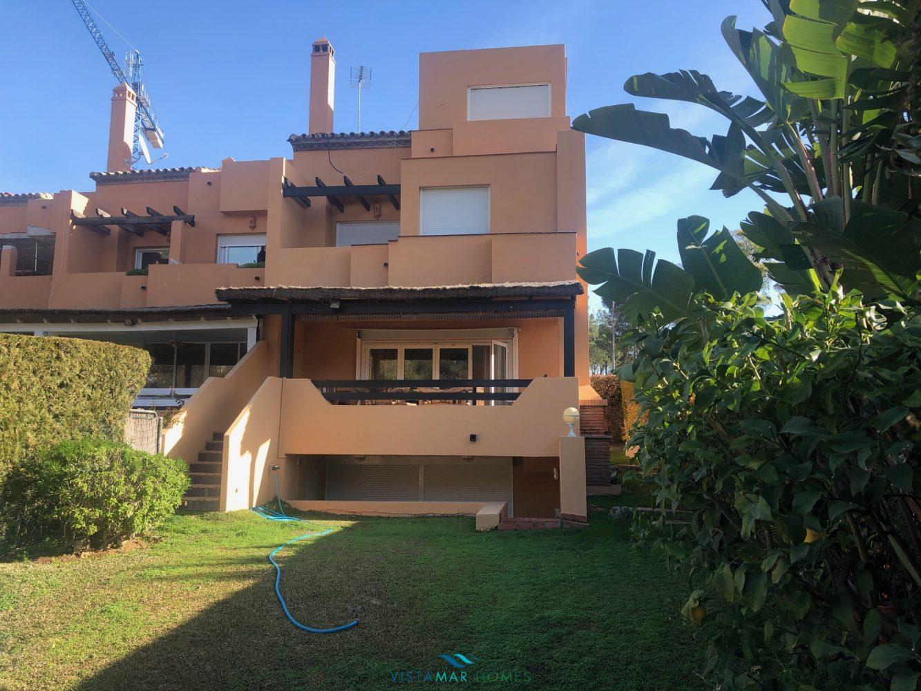 Lomas de Puente Romano, Golden Mile, semi detached villa for sale.