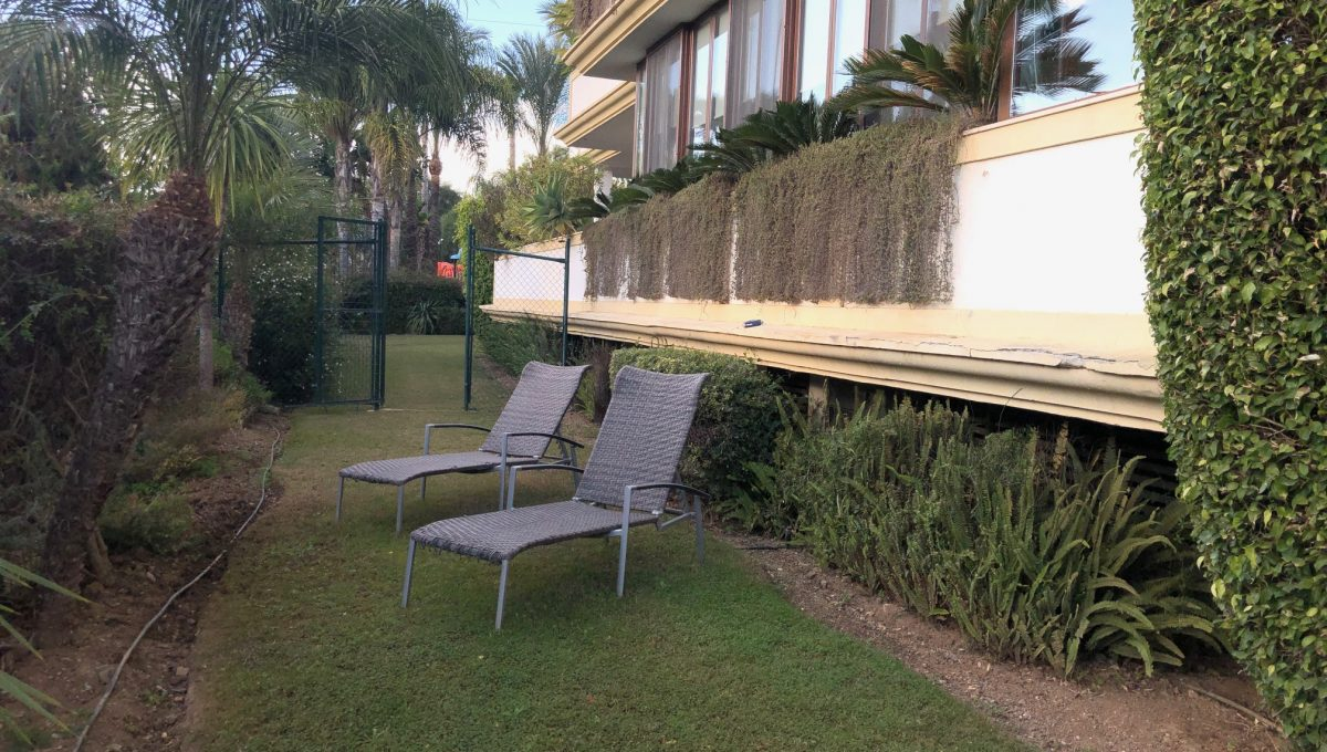 large-cosy-garden-apartment-in-nagueles-golden-mile-marbella-img_2096