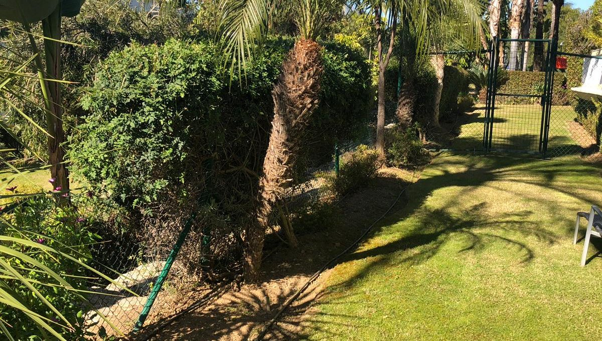 large-cosy-garden-apartment-in-nagueles-golden-mile-marbella-photo-2019-11-14-15-31-10-2