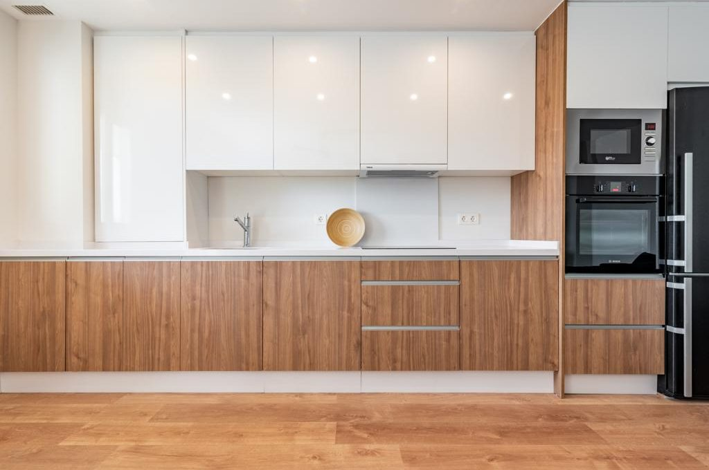 refurbished-south-facing-middle-floor-apartment-at-walking-distance-from-puerto-banus-photo-2019-11-22-09-43-25-2