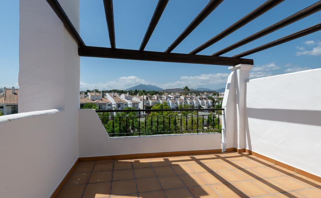 refurbished-to-high-standards-3bedroom-town-house-in-nueva-andalucia-marbella-240977-25-1104