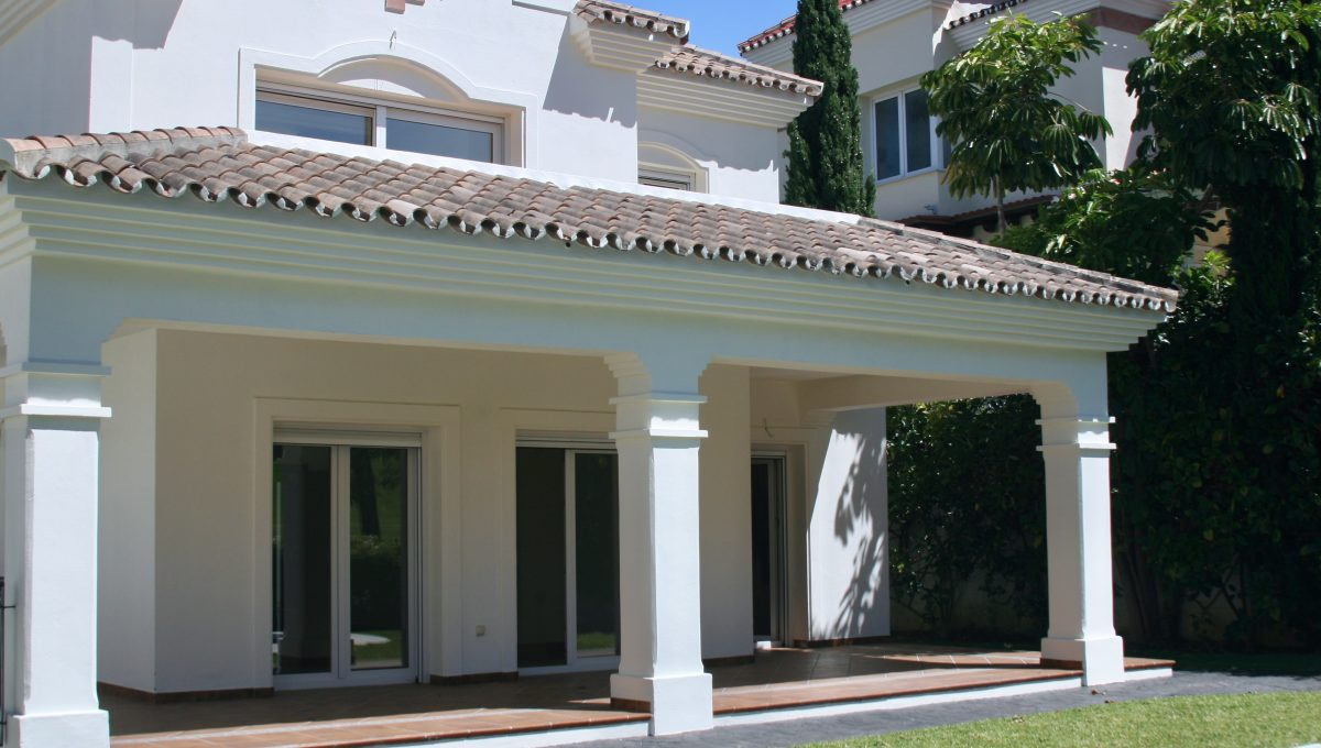 brand-new-modern-villa-on-guadalminas-golf-course-img_9988