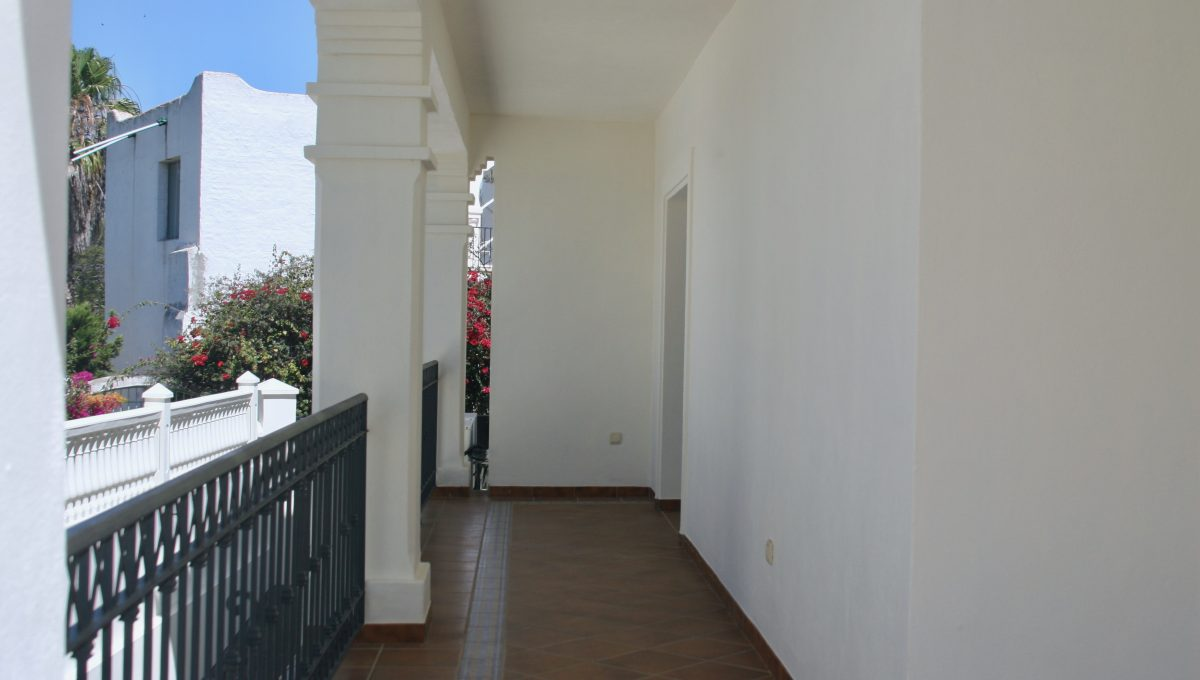 brand-new-modern-villa-on-guadalminas-golf-course-img_9995