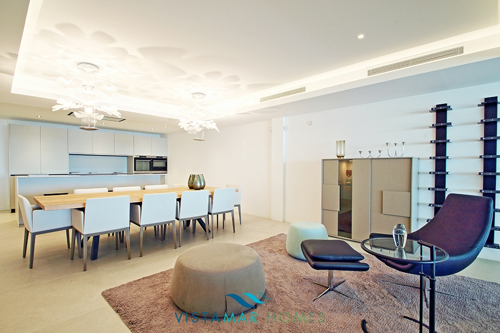 first-line-beach-contemporary-apartments-in-estepona-darya_barray_002-1