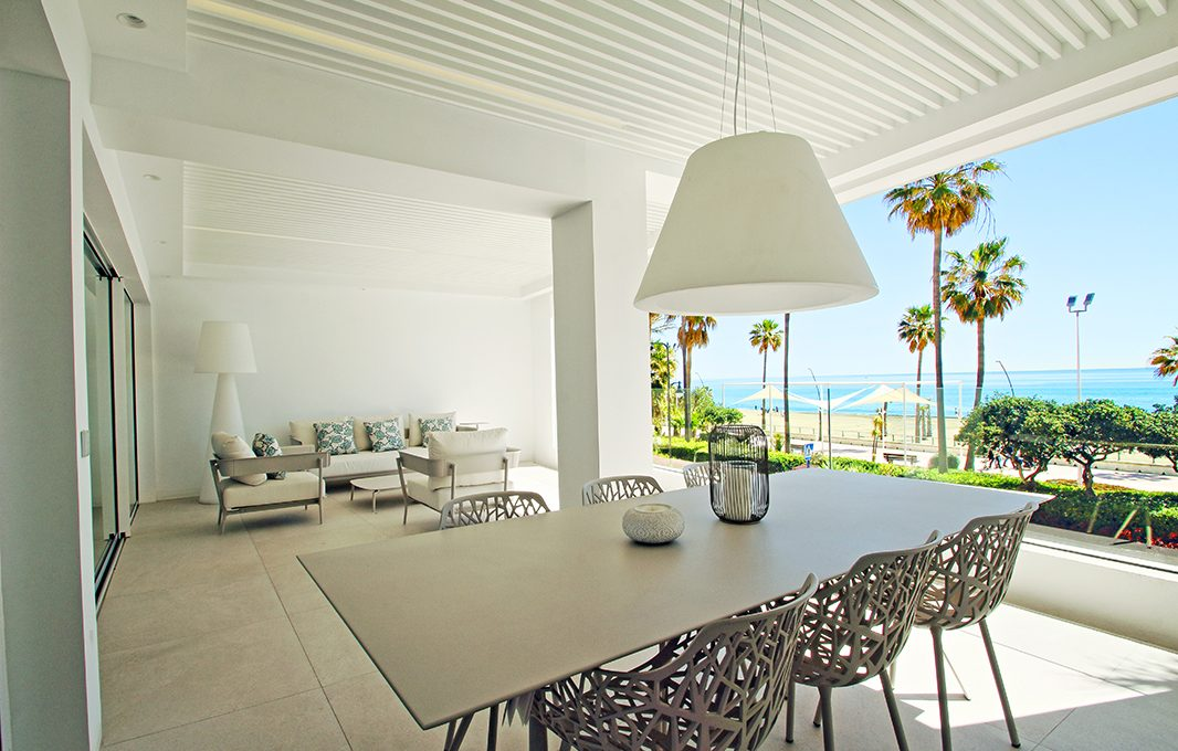 first-line-beach-contemporary-apartments-in-estepona-darya_barray_010-1
