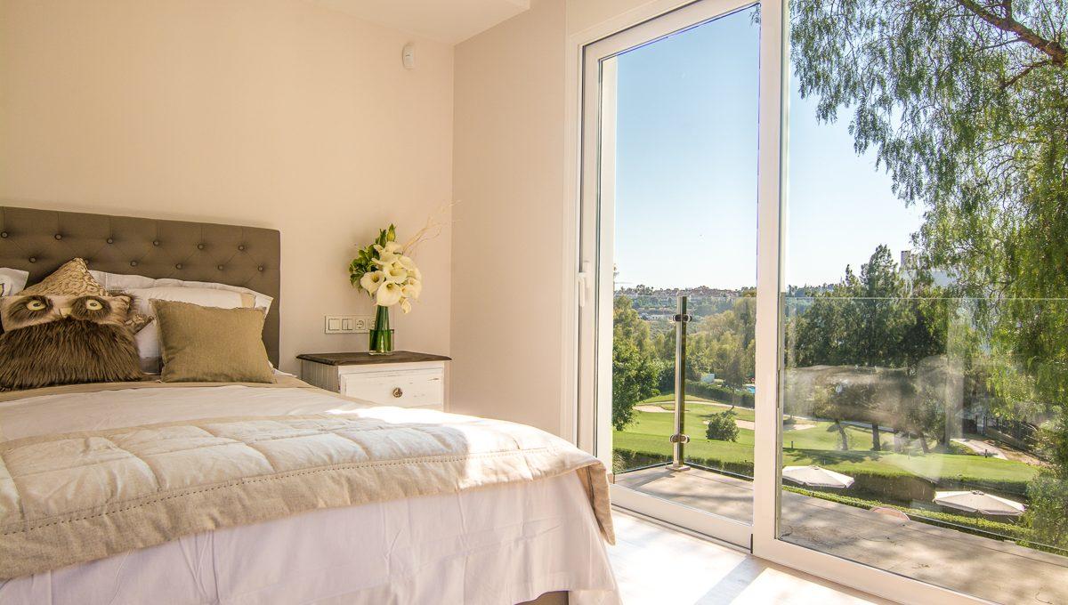 contemporary-first-line-golf-villa-in-guadalmina-alta-dsc_0569-edit-1