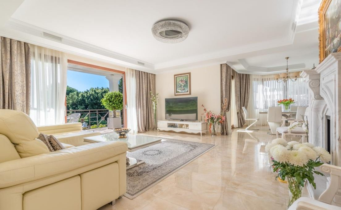 luxury-villa-in-hacienda-las-chapas-marbella-12