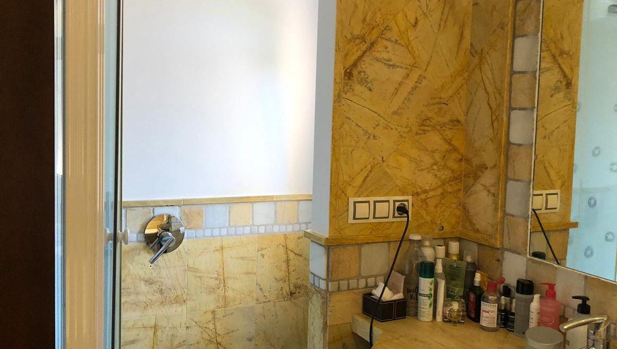 semi-detached-6-bedroomvilla-in-lomas-de-puente-romano-golden-mile-marbella-photo-2019-10-04-10-54-40-2